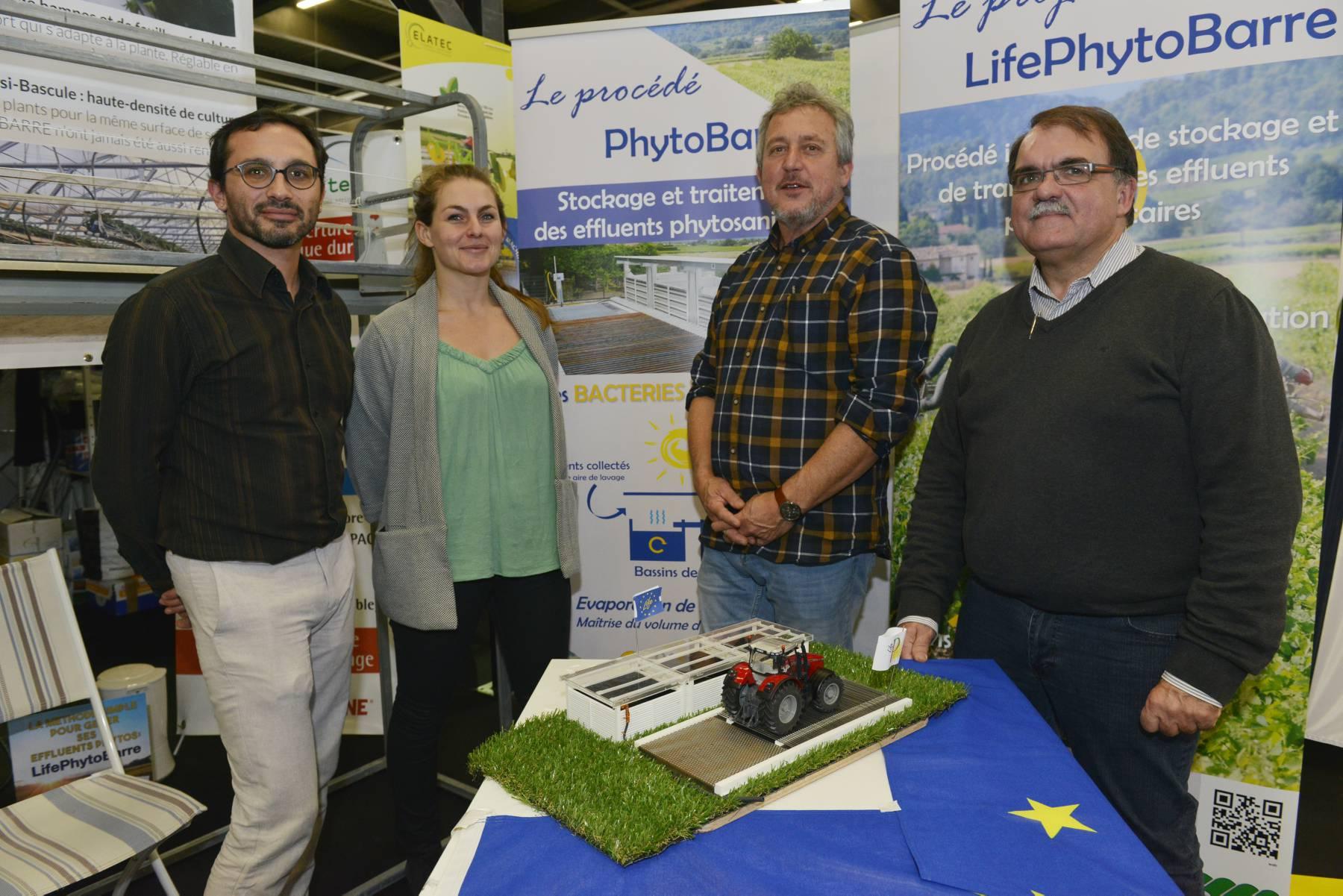 Copyright : Cédric Faimali /GFA<br /> Le volet communication inclut la présentation du projet LifePhytoBarre lors de salons agricoles comme ici au Vinitech-Sifel en novembre 2016.